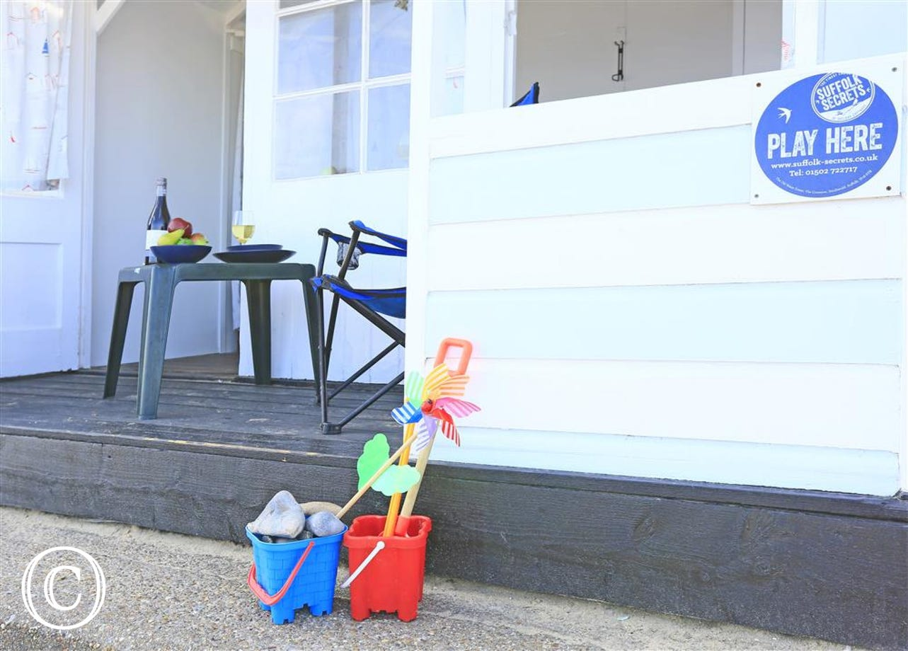 For an added bonus, why not book yourself a beach hut to go with your self-catering property?