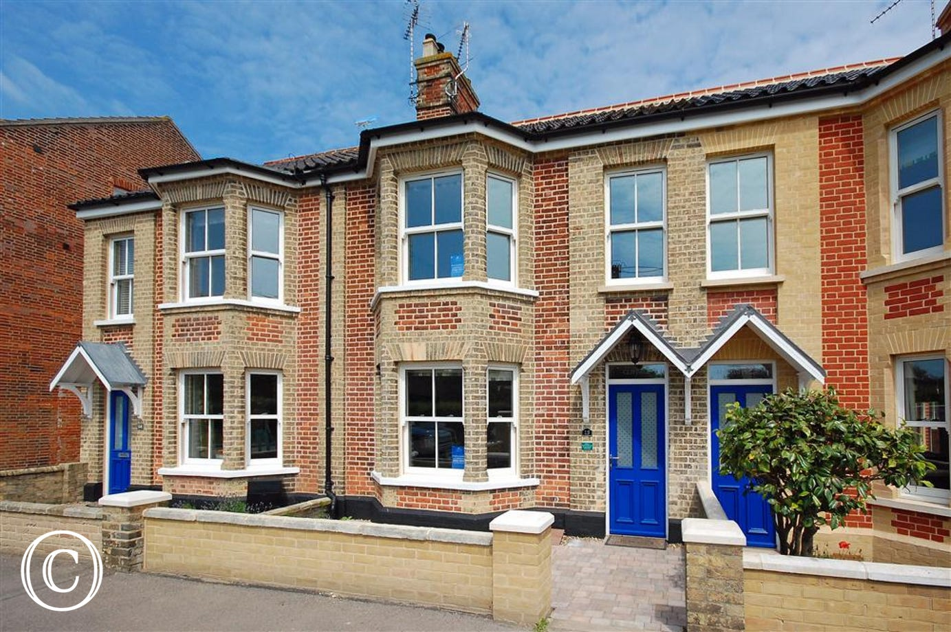Puffin Nest is a delightful first floor apartment sleeping two in Southwold.