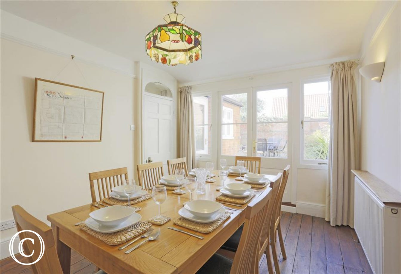 An Airy Dining Room Will Ensure All Meals Are Enjoyed