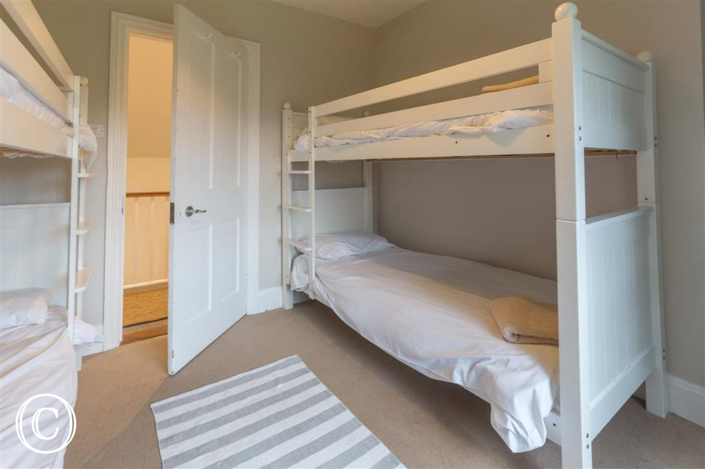 Bunked bedroom, Tower Cottage, Walberswick