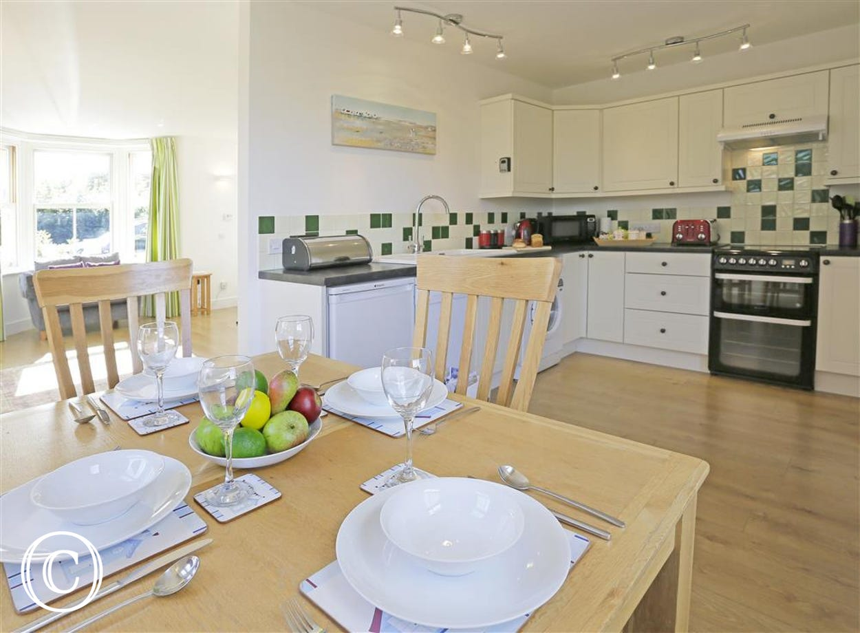 This kitchen has all the equipment you should need to cater for all your guests on your holiday.