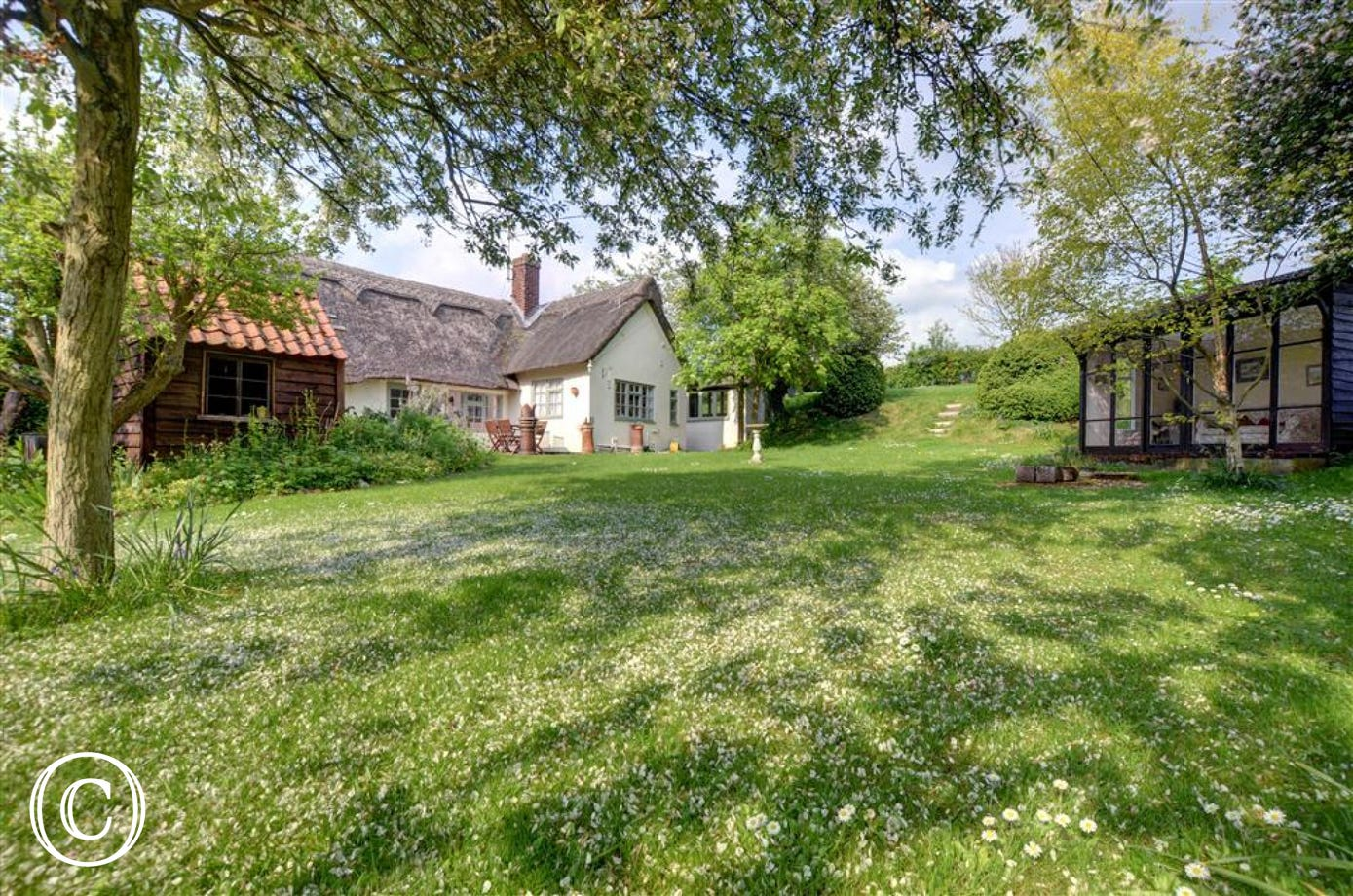 This pretty post card property is situated in the quiet village of Denston not too far from historic Bury St Edmunds.