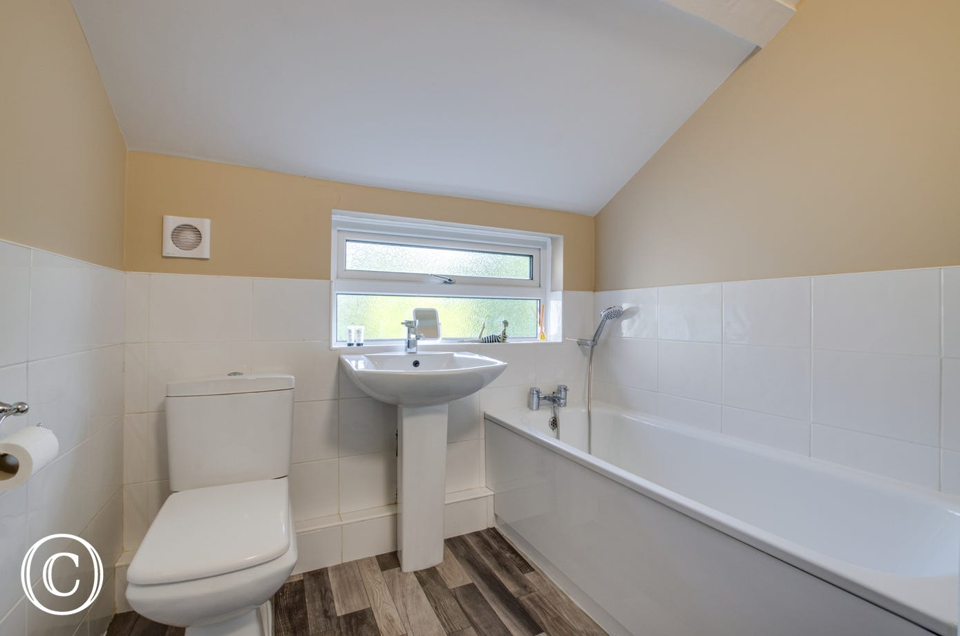 Bathroom 3 with bath, washbasin & wc
