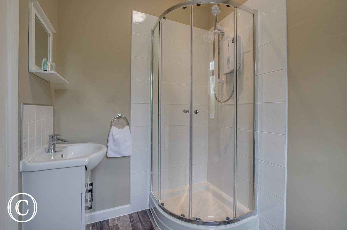 Bedroom 2 ensuite with shower cubicle, washbasin & wc
