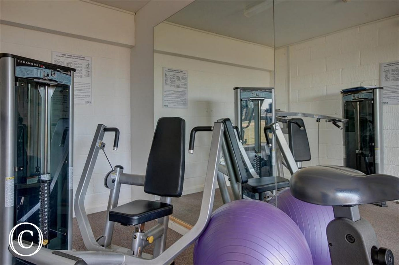 Enjoy working those muscles in this gym which is onsite at the Bltyhview complex.