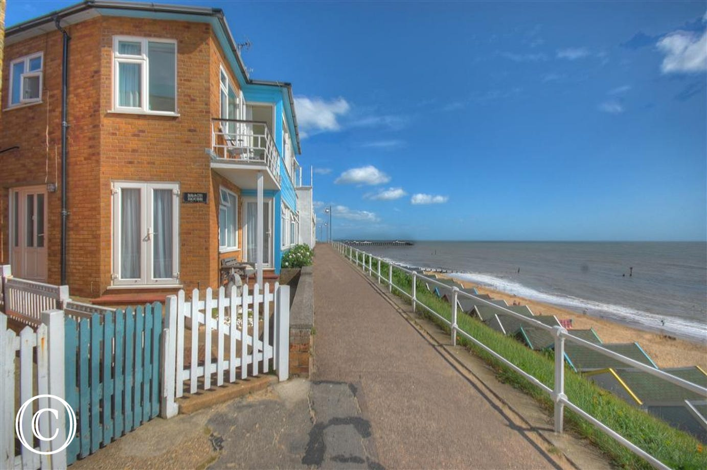 Situated right on the sea front this property is beautifully scenic and an ideal location.
