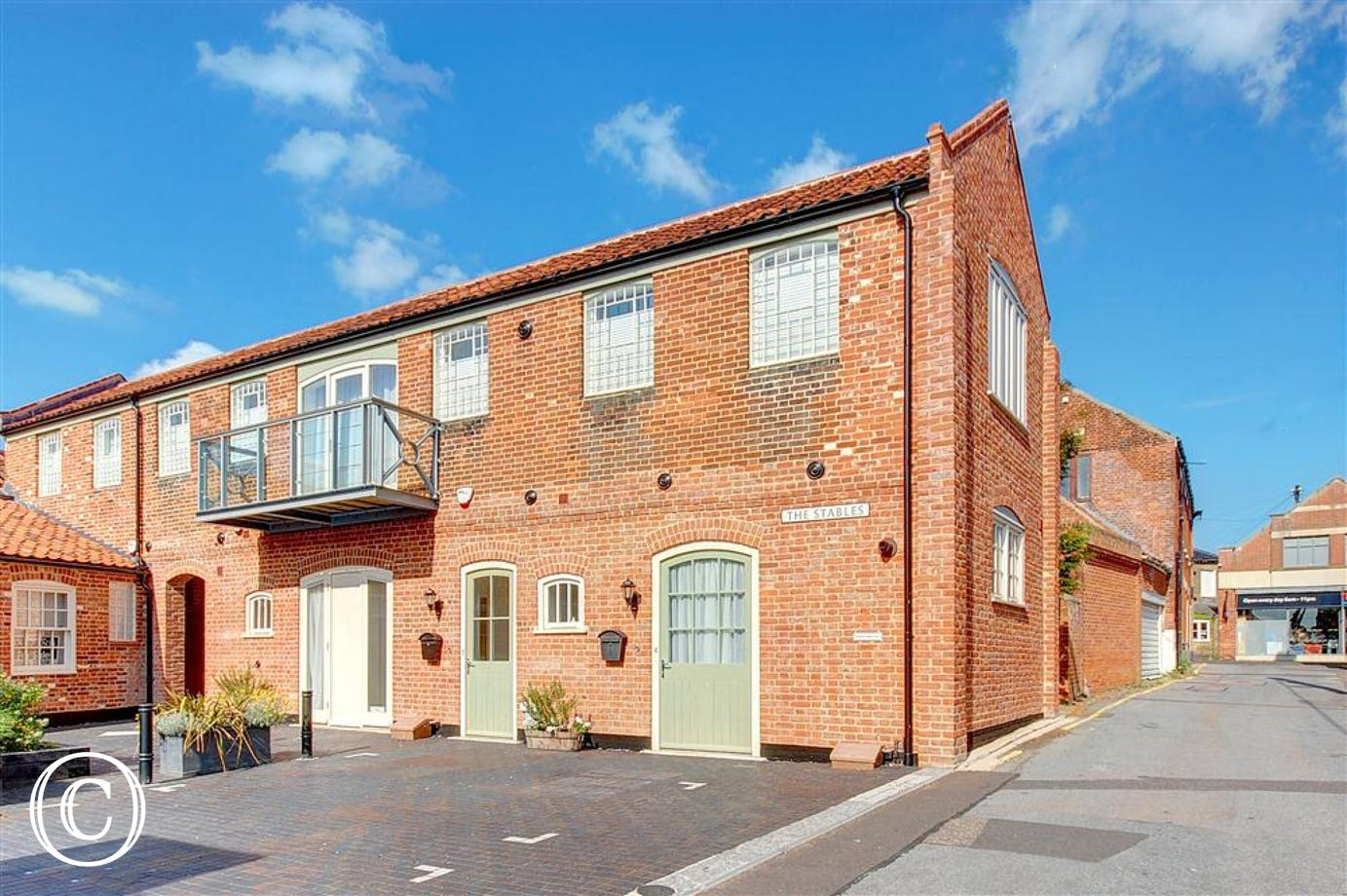 4 The Stables in Southwold is modern ground floor apartment making a good central base for two people.