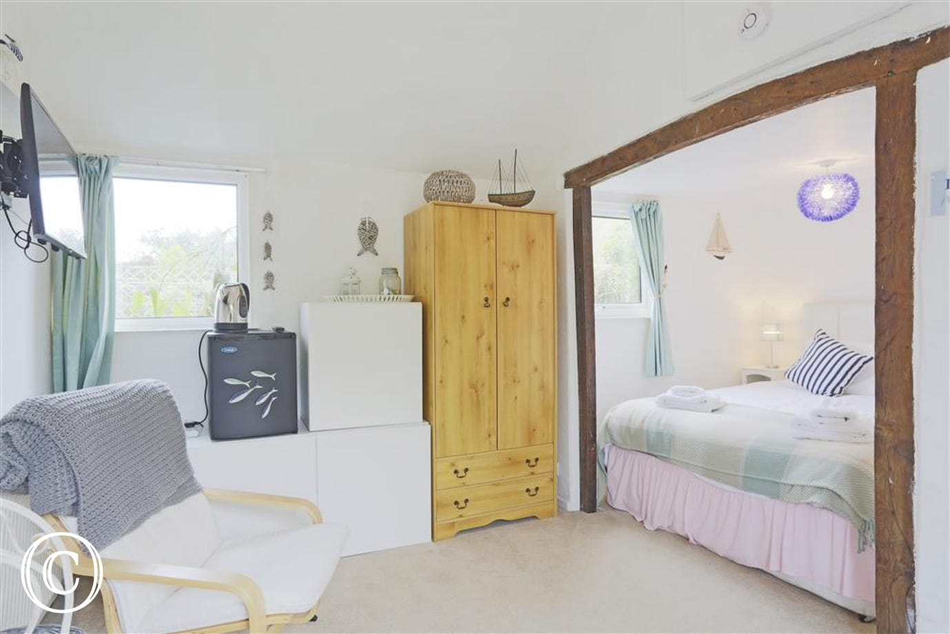 Tucked away in the Annexe guests can enjoy this cosy bedroom.